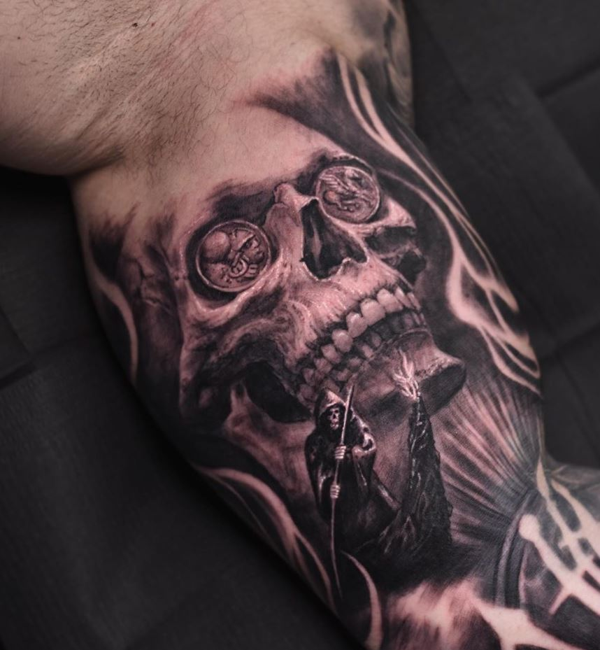 10+ Best Black & Gray Skull Tattoos